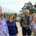 Sara, Ramón, Armando y Manoli en la huerta.. charlando con El Tomavistas