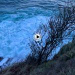 Amanecer mirando a la isla de Mouro con un cantábrico un poco picado
