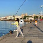 Muchas ganas de pescar y hoy la bahía se llena de pescadores y pescadoras