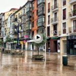 Estuvimos en la calle de Burgos y dimos un paseo bajo la lluvia