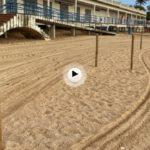 Los postes de la señalización de playas de la primera del Sardinero