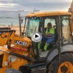 Domingo… poniendo las playas a punto