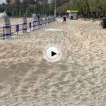 La arena invade el paseo de la Segunda del Sardinero