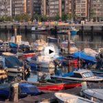 Comenzar la semana entre las embarcaciones del barrio pesquero